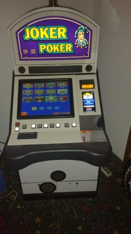 IGT Game King Multi Game Sit Down 19″ LCD Video Slot Machine