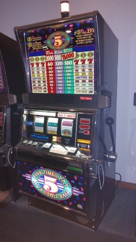IGT S2000 Five Times Pay Slot Machine