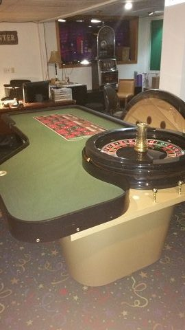 Casino Roulette Wheel 32″ Paulson with Table Complete