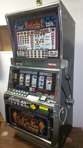 IGT S2000 Triple 777 Red Hot 5 Reel 9 Line Slot Machine