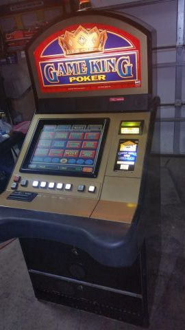 IGT Game King Video Poker Multi-Game 34 Enabled Games 19″ Sit Down
