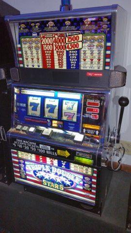 IGT S2000 Triple Double Stars Slot Machine