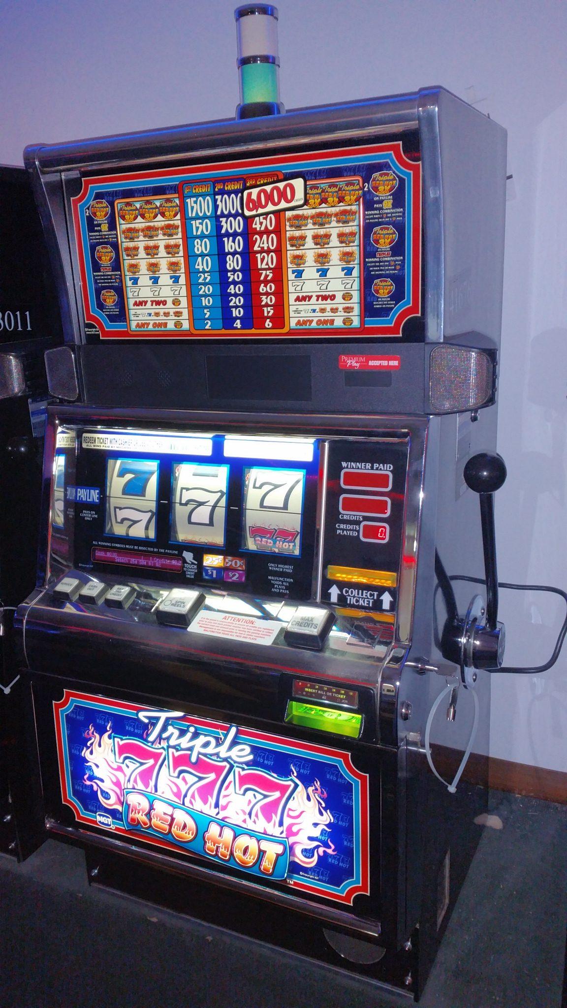 IGT S2000 Triple 777 Red Hot 3 Reel Slot Machine