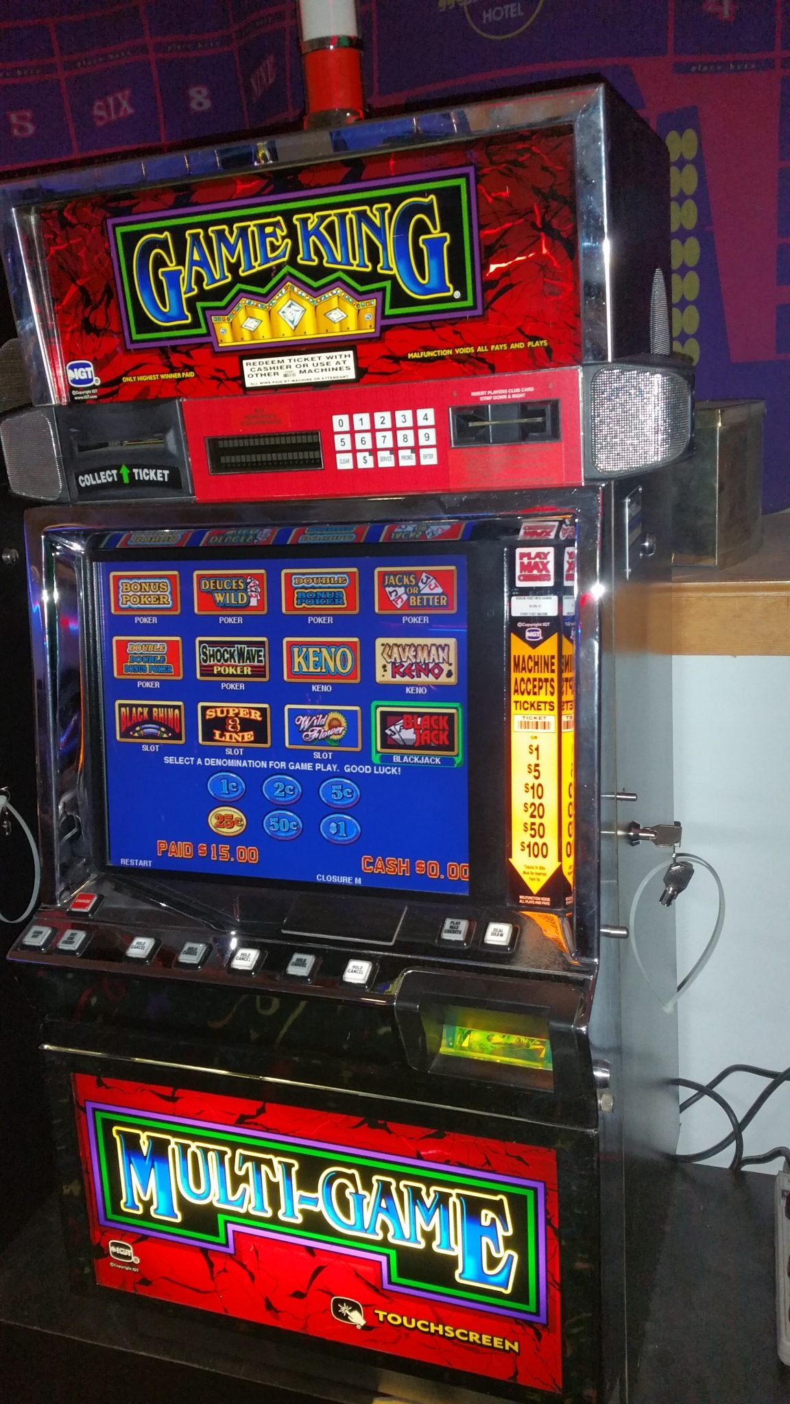IGT Video Poker Game King Multi-Game 17″ LCD