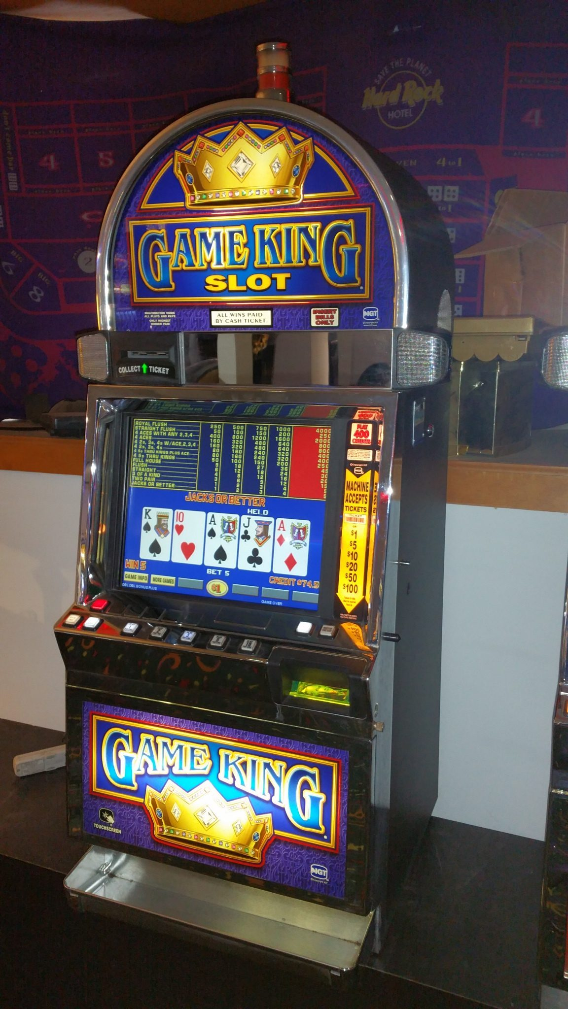 IGT Video Poker Game King Multi-Game 17″ LCD 34 Games