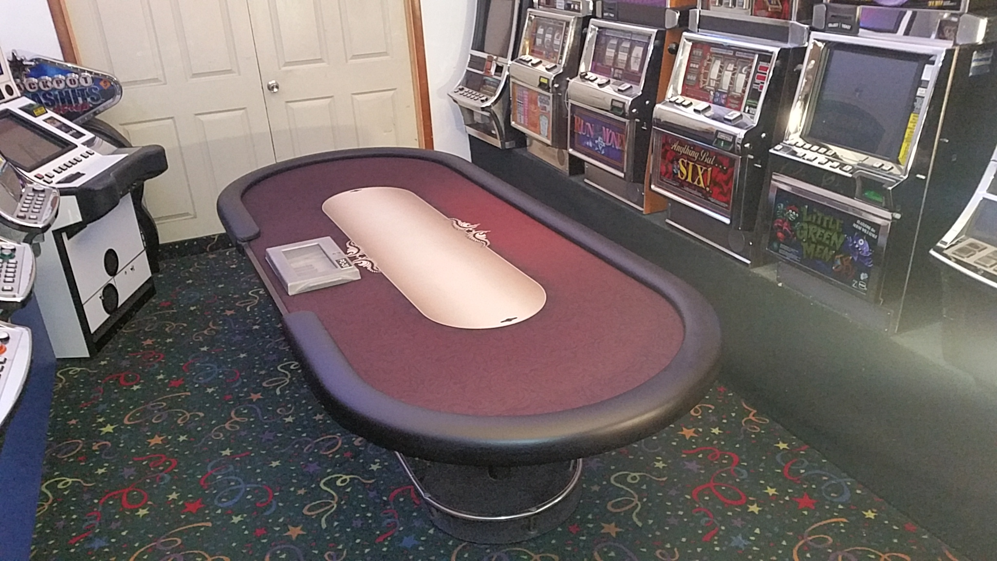 "Casino Hold""Em Poker Table 9ft Professional"