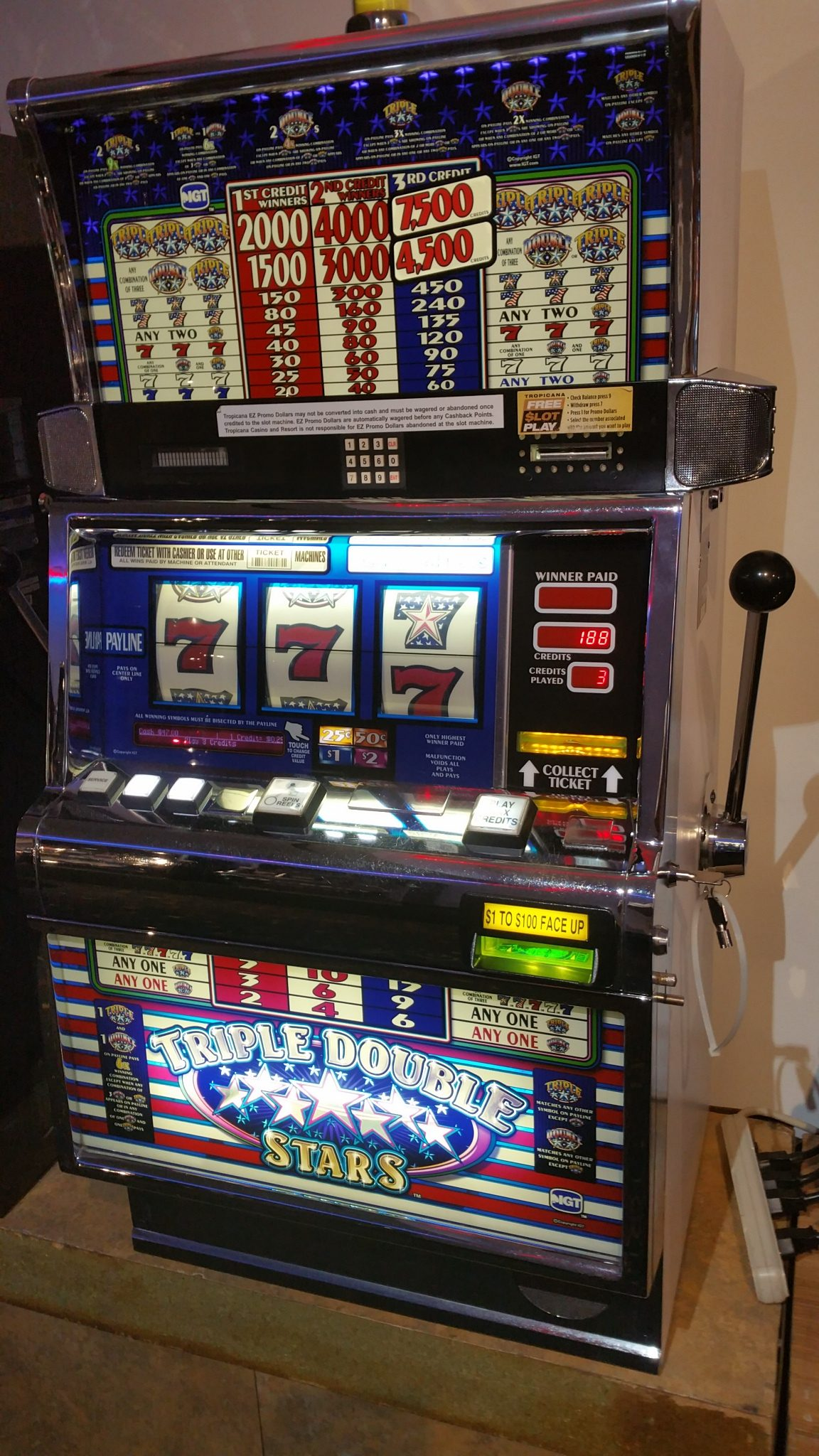 IGT S2000 Triple Double Stars Slot Machine Multi-denominational