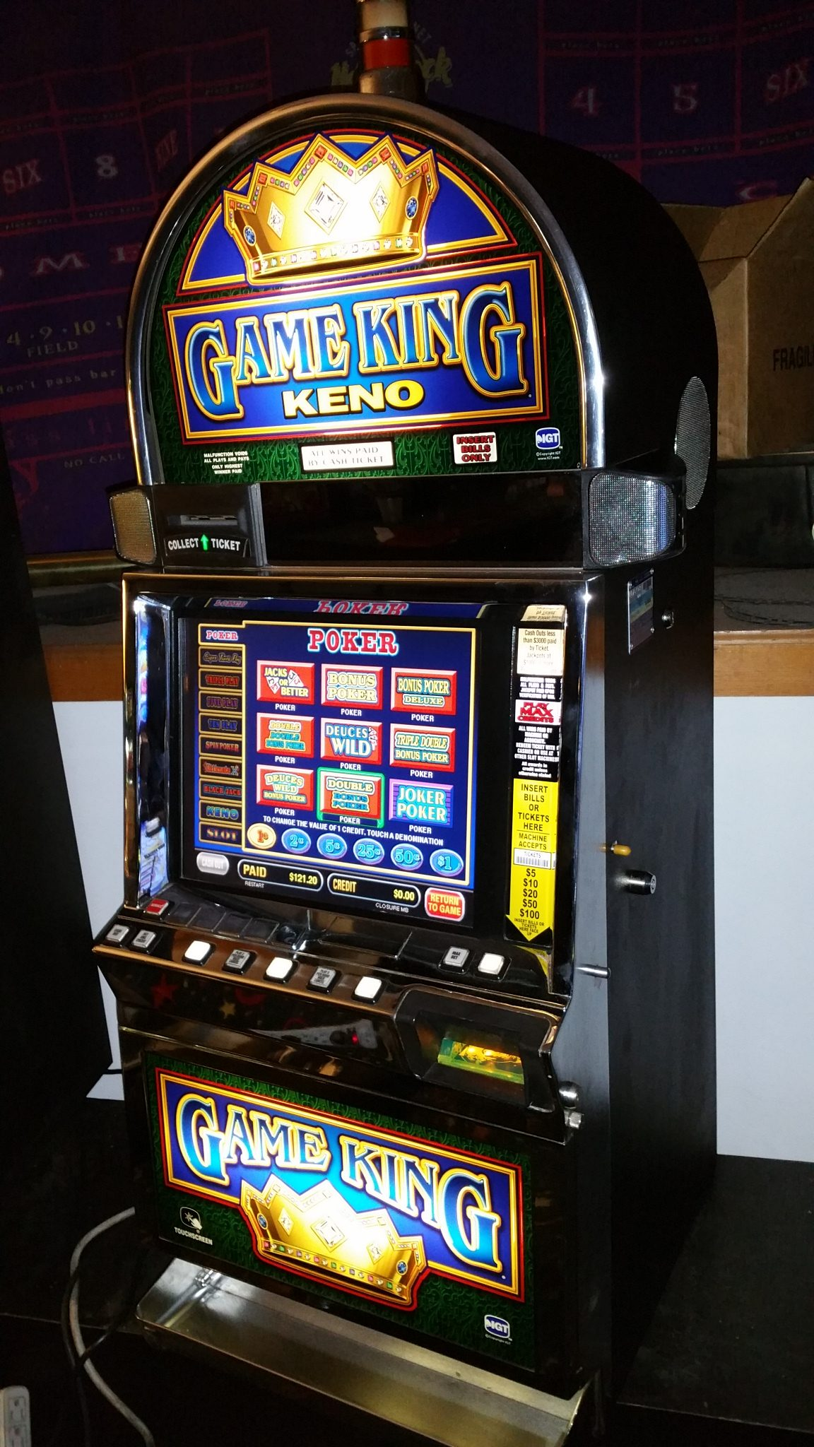 IGT Game King Multi-Game Video Poker 76 Games 17″ LCD