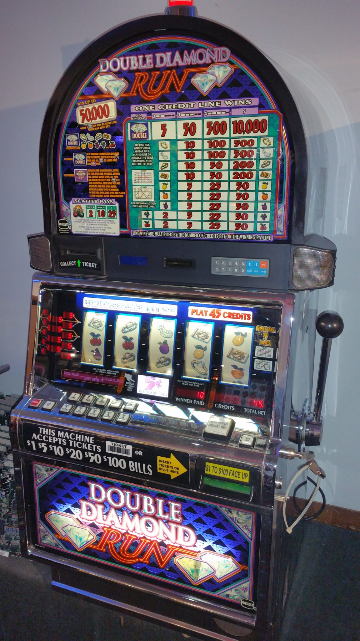 Double diamond run slot machine for sale