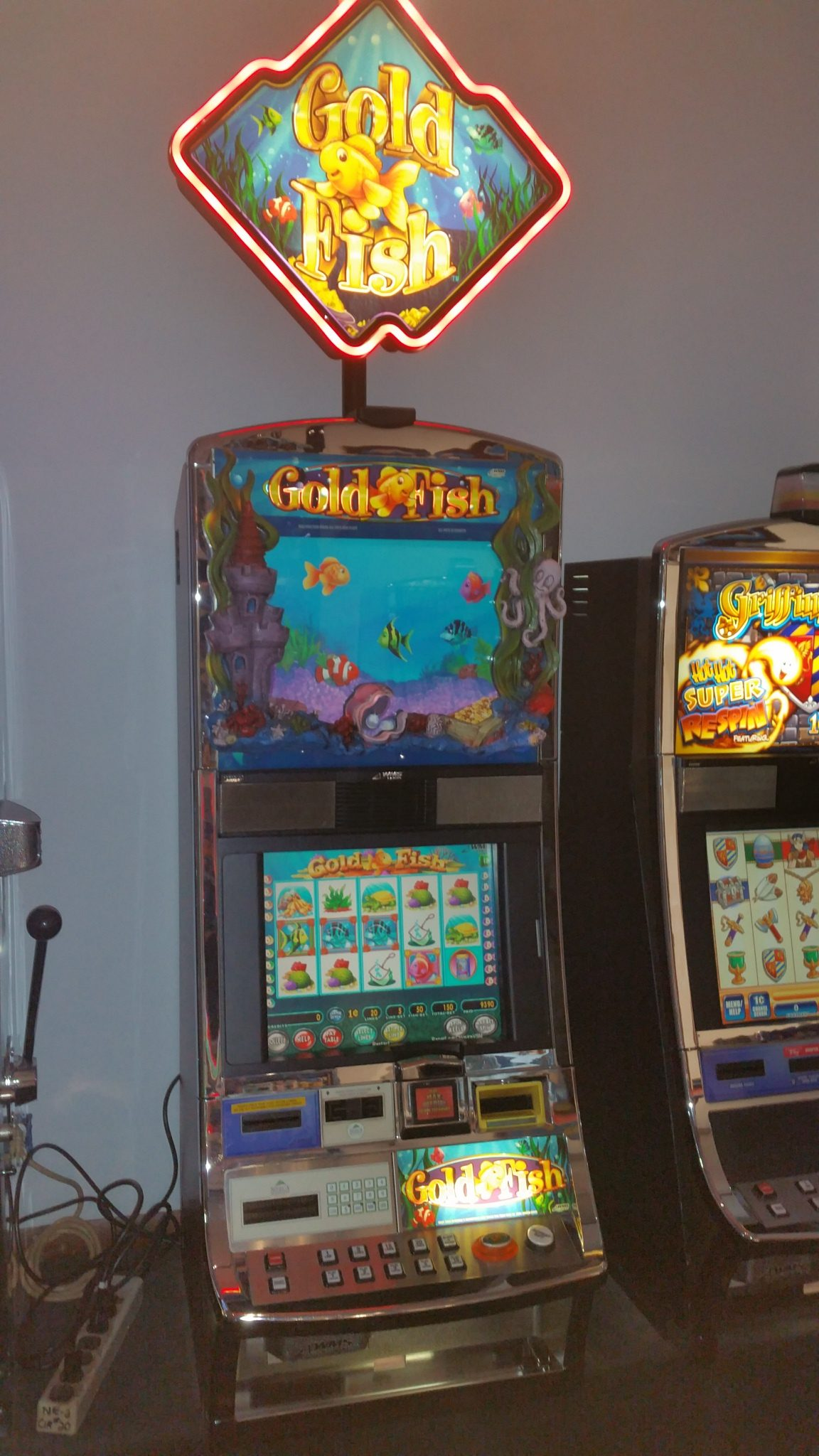 Video slot machines for sale canada
