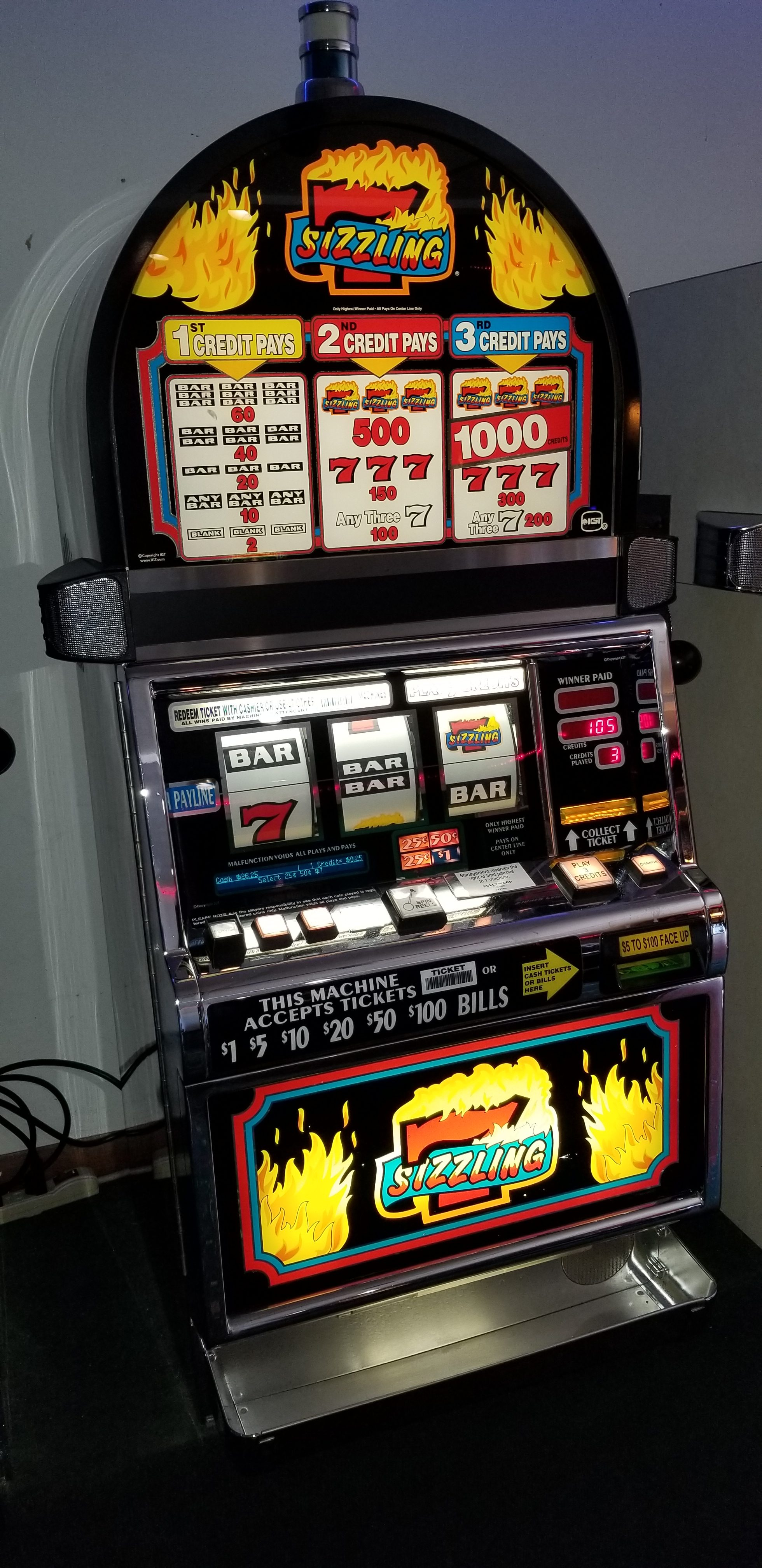 Igt S2000 Sizzling 7 Slot Machine Slot Machines For Sale