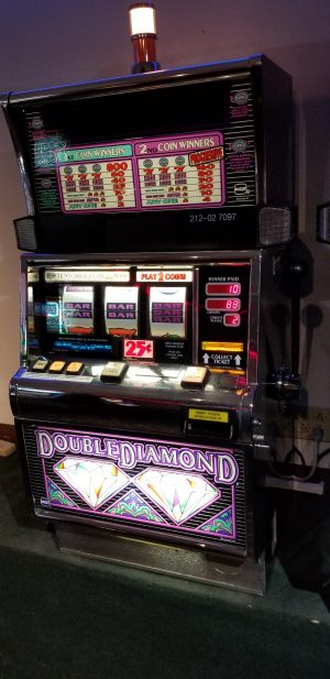 Igt S2000 Double Diamond 25c Slot Machine Slot Machines