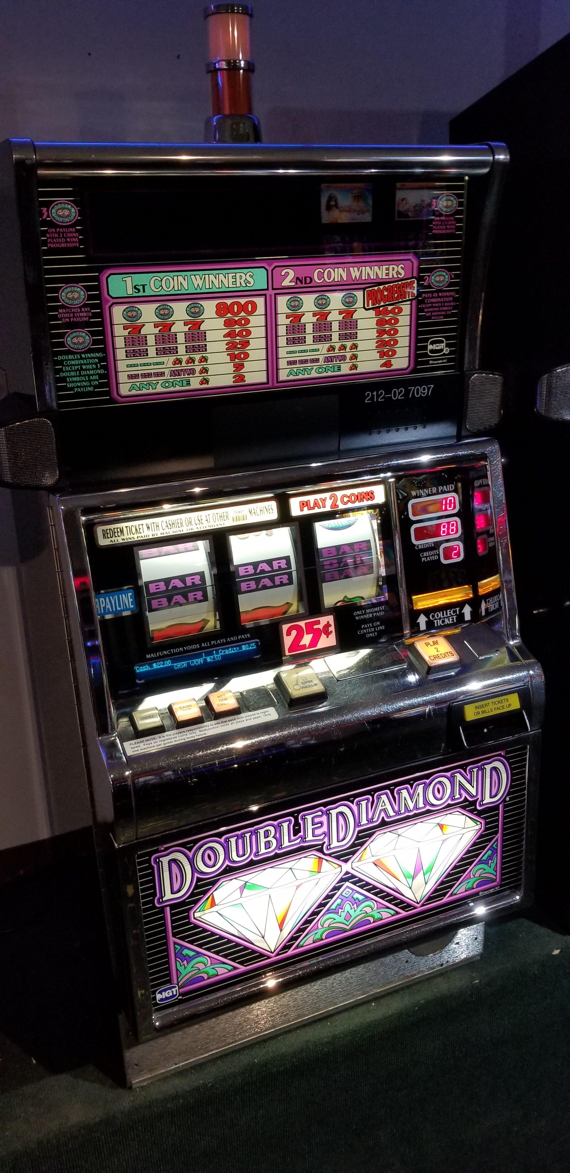 Igt S2000 Double Diamond 25c Slot Machine Slot Machines