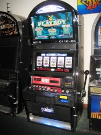 Bally Alpha Playboy 5 Reel Bonus Slot Machine 002