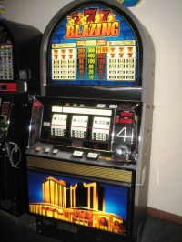 Blazzingt Tournament Slot Machine 001