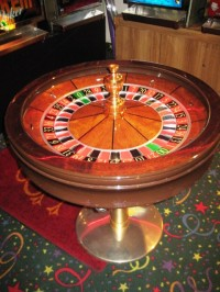 Cammegh & Sons 32'' 00 Roulette Wheel 012