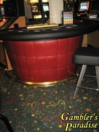 Casino Blackjack Table Burgandy Tuck & Role Brass Foot Rail 016