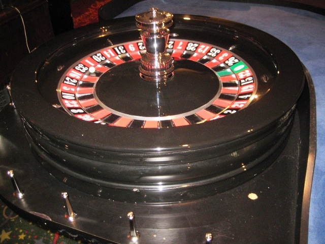 are casino roulette tables rigged t