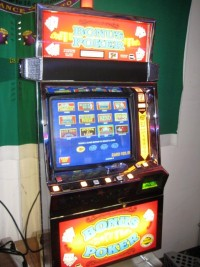 IGT Game King Multi Game Coin Operated 002