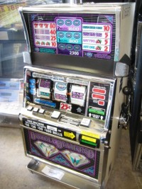IGT S2000 Double Diamond 3 Line Slot Machine 001