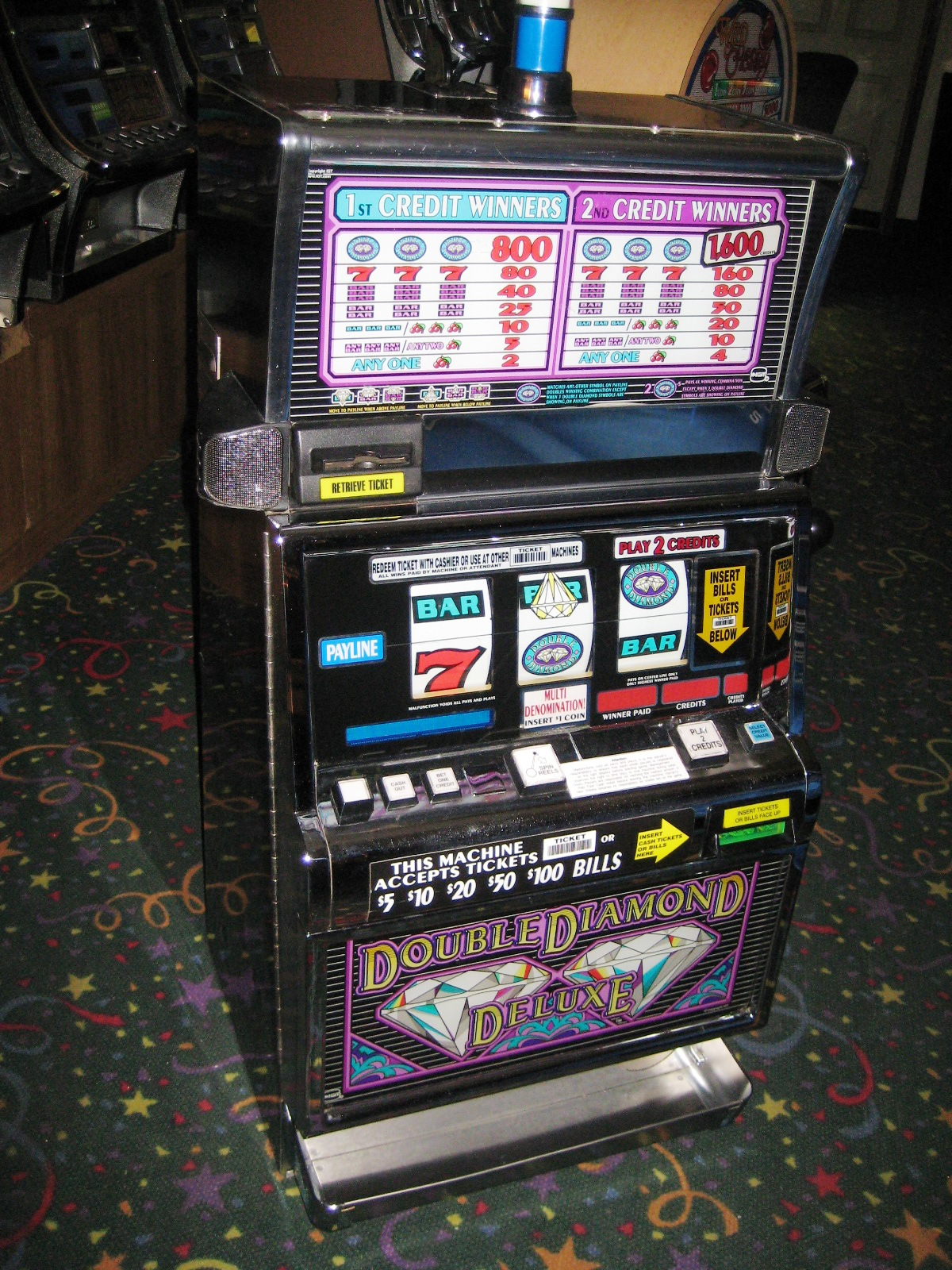 diamond deluxe slot machine