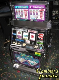 IGT S2000 Double Double Diamond Multi-Denom Slot Machine 001