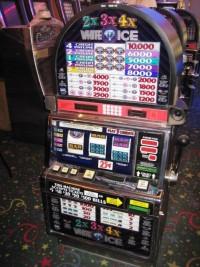 IGT S2000  RT 2x3x4x White Ice Slot Machine 001